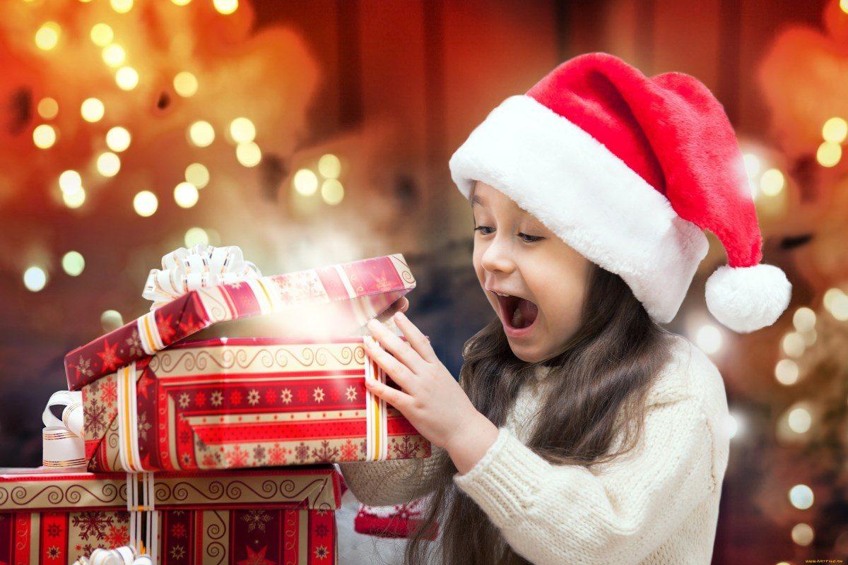 Что подарить детям в садике на новый год
