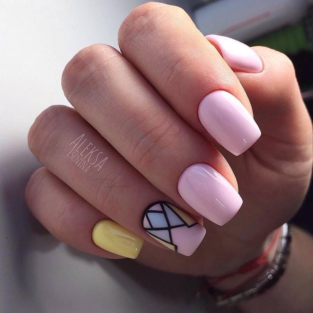 Дизайн ногтей геометрия и стразы фото