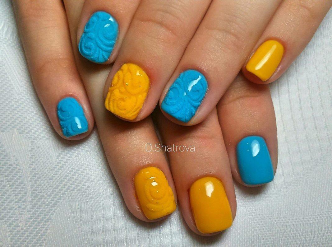 Маникюр желтого цвета на коротких ногтях