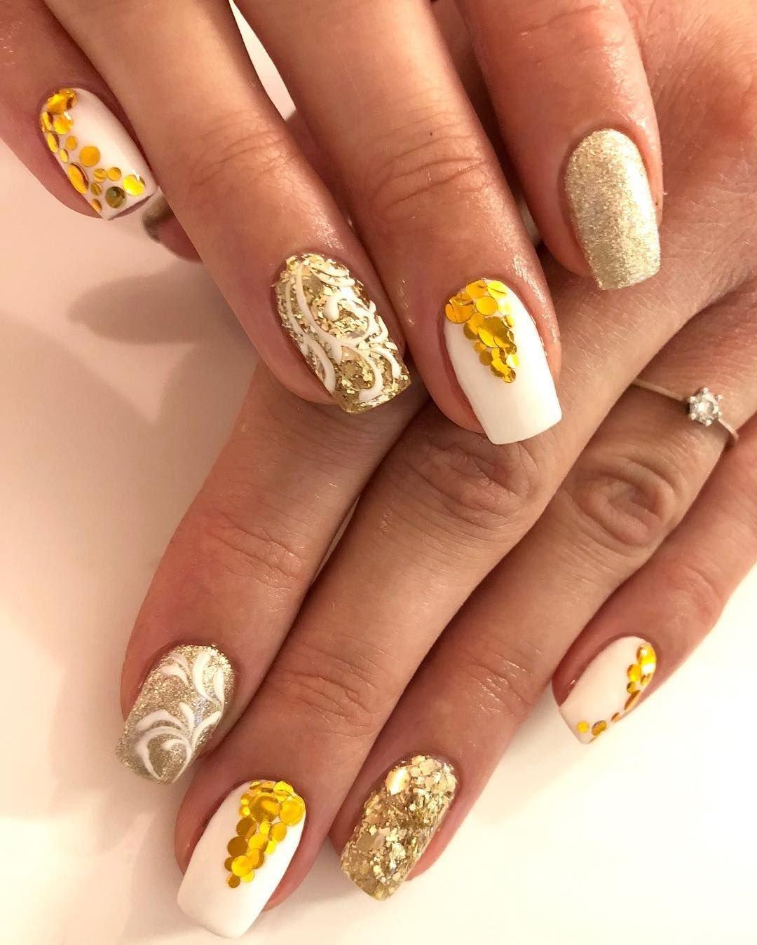 Белый Шеллак На Ногтях Дизайн Фото